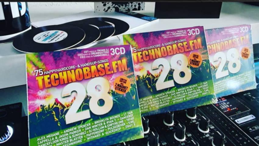 Gewinne mit ZYX Music und TreBle Dance 3x  TechnoBase.FM Vol. 28